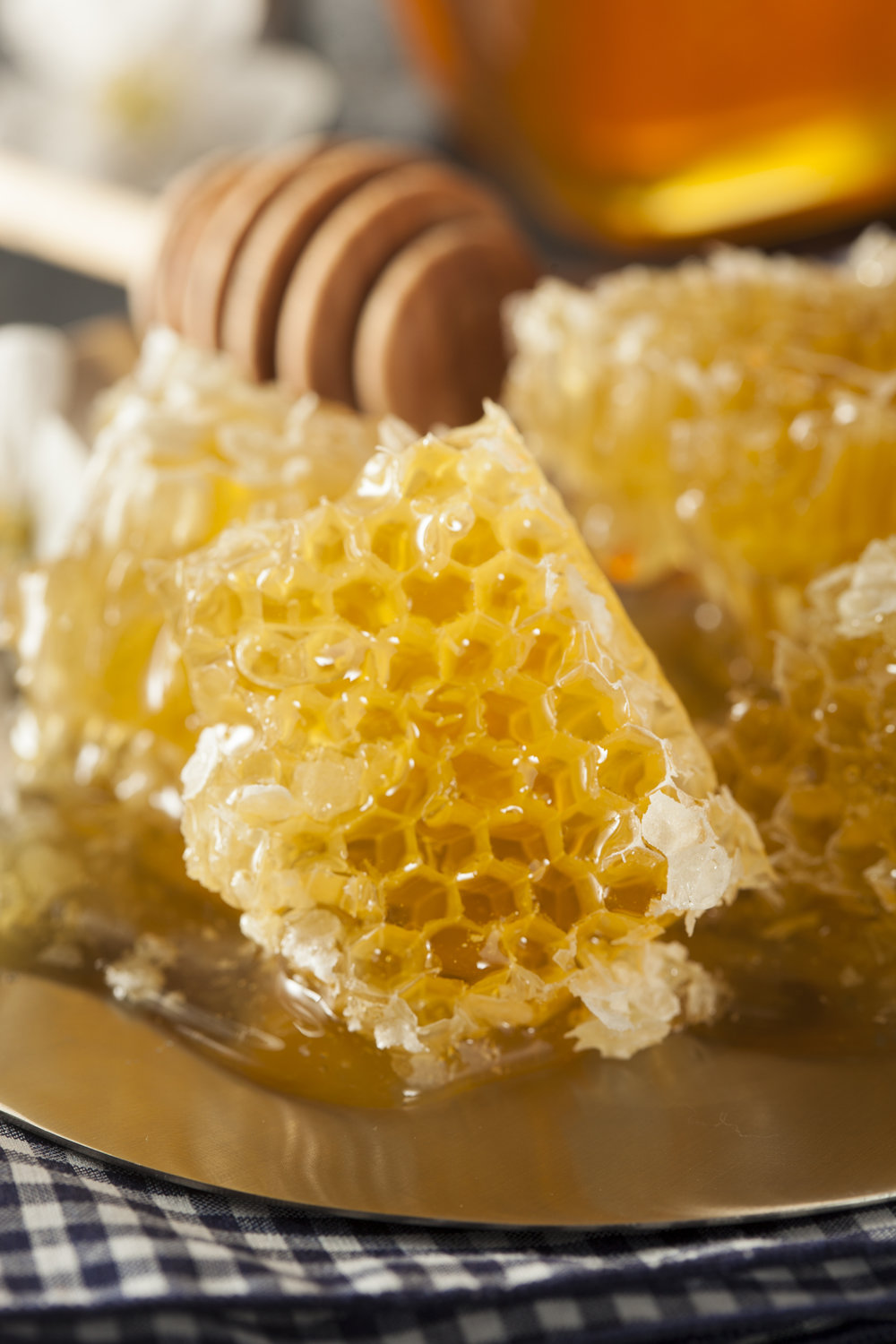 Organic Raw Golden Honey Comb