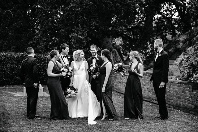 Lisa and Jamie with their bridal gang 💕