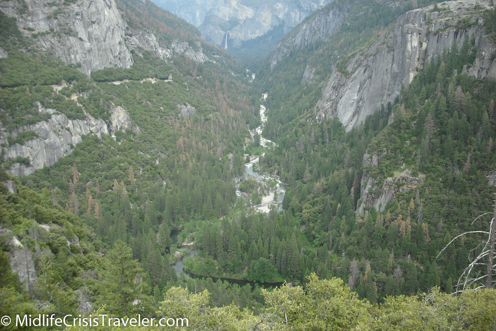 The Kings River carves its way through the valley.
