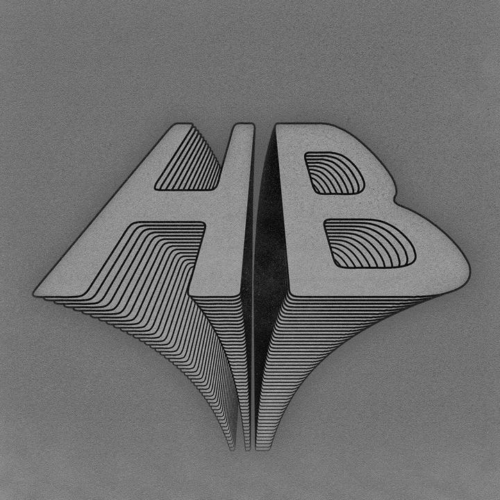 HB BAR - Le HB est l'endroit par excellence pour entendre les meilleurs mix des DJ présents pratiquement tous les soirs. Plusieurs spectacles sont aussi présentés.