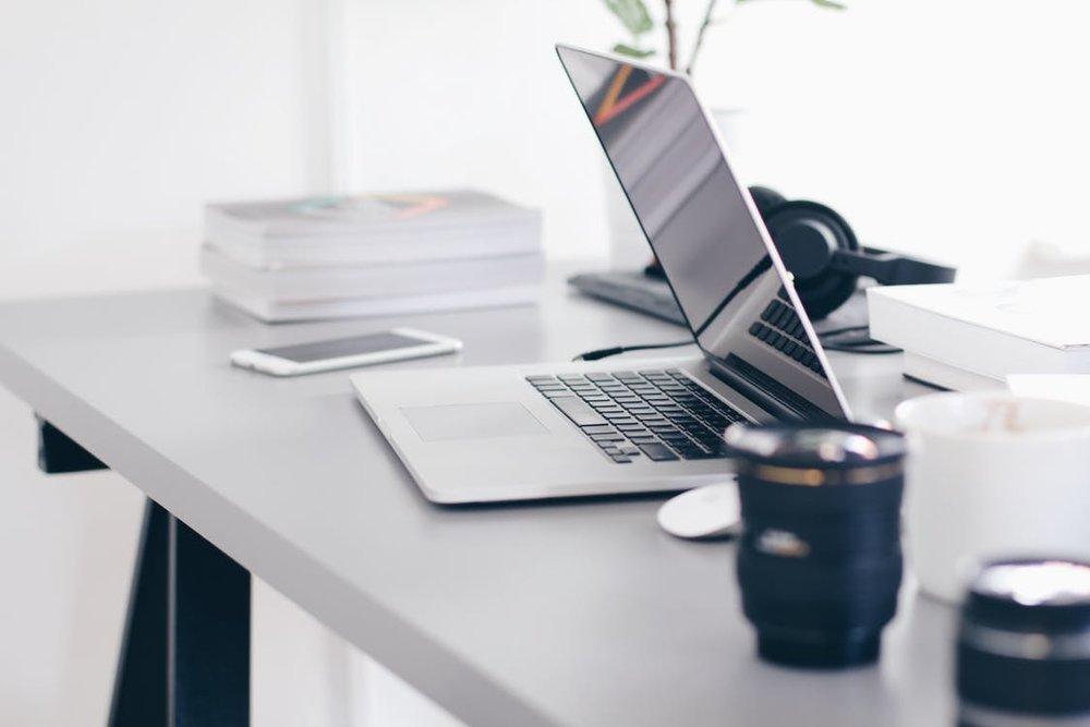 Content - Website content nodig? Wij schrijven teksten, maken banners, schieten foto's en leveren daarmee producten op maat. Door onze jaren lange ervaring met content creatie zal deze altijd aanlsuiten op zowel je doelgorep als op de zoekmachines.