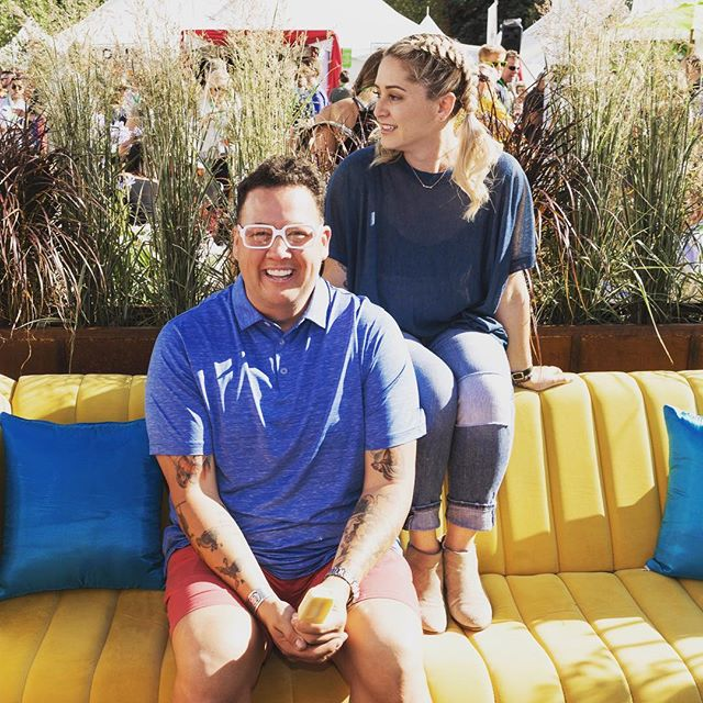 Okay Graham, if I give you this tequila popsicle will you sit there and smile like a good boy?! 🙏🏻 @grahamelliot - always making my job so easy // #latergram #fwfesties #fwclassic #topchef
