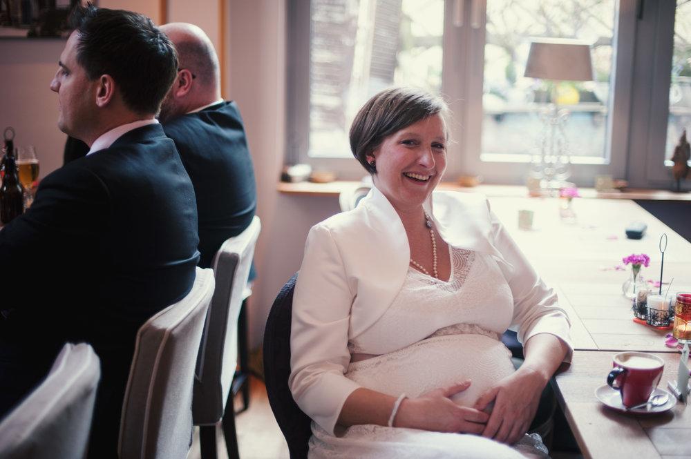 hochzeit-schwanger-braut.jpg