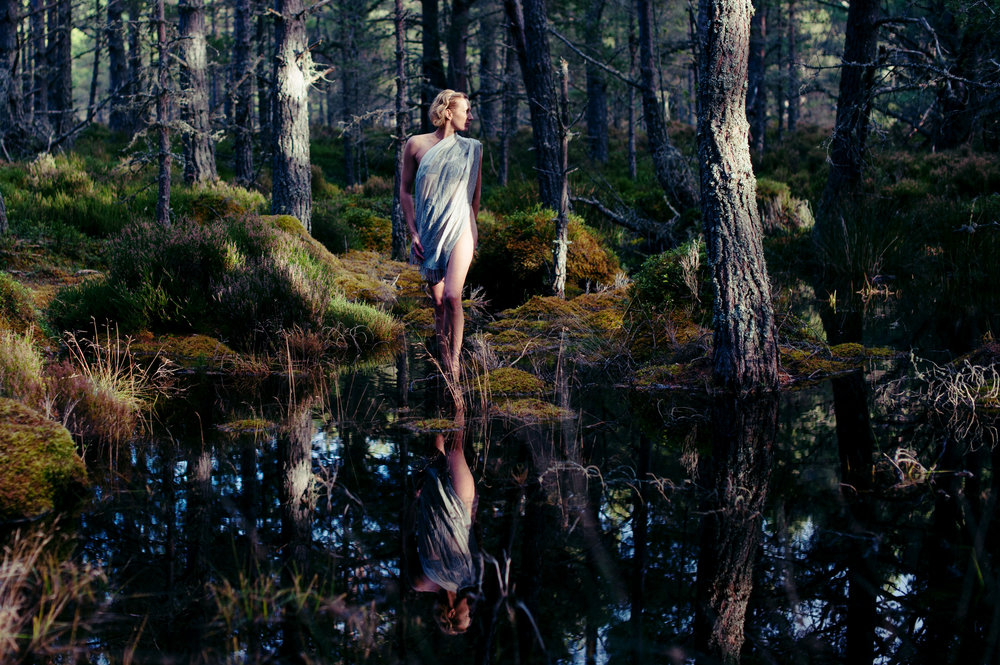 yoga-photo-wald-mirror.jpg
