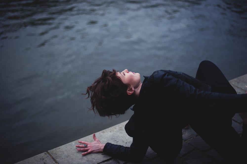 yoga-foto-paris-seine-2.jpg