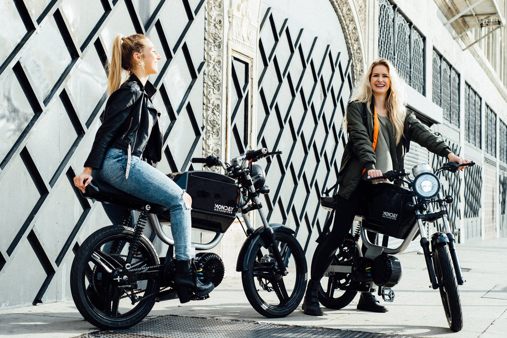 Take Charge - One charge gets you around your city, with miles to spareRegenerative braking charges your battery while you rideAfter a full day of riding, plug it into any standard outletRemovable battery makes it a snap to charge anywhere and extend your range