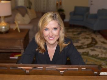 Karen Mangia Headshot 1.jpg