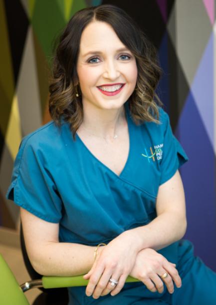 Dr. Laura Juntgen