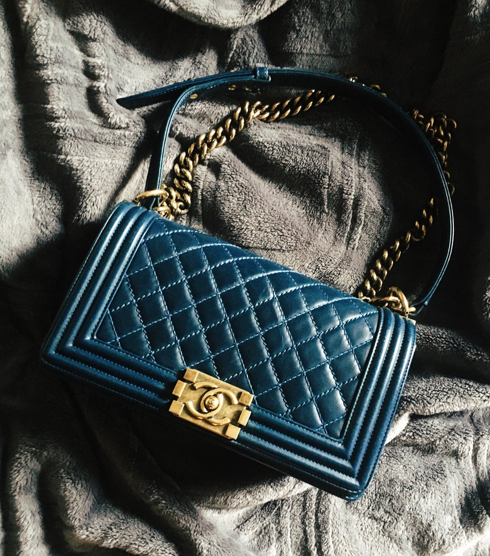 ab50e87e3592a4 When I first started noticing handbags, Le Boy was at the top of my list.  It was worn by women (and men!) who seemed to share my tastes in fashion at  the ...