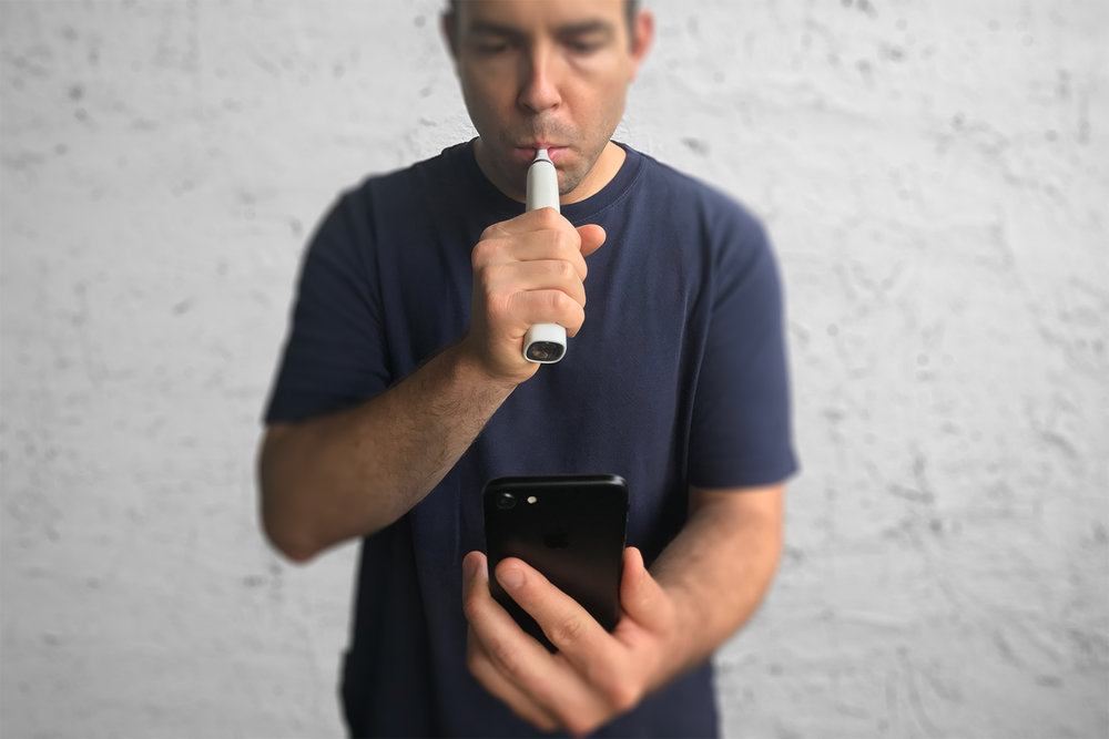 Perform Test - Patient performs FeNO breath test and records inhaler usage in the app for 7 consecutive days at home.
