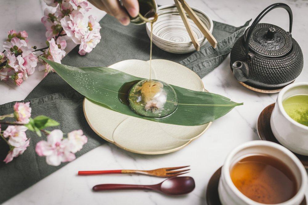 sakura drop - Japanese vegan jelly with edible sakura flower & brown sugar syrup