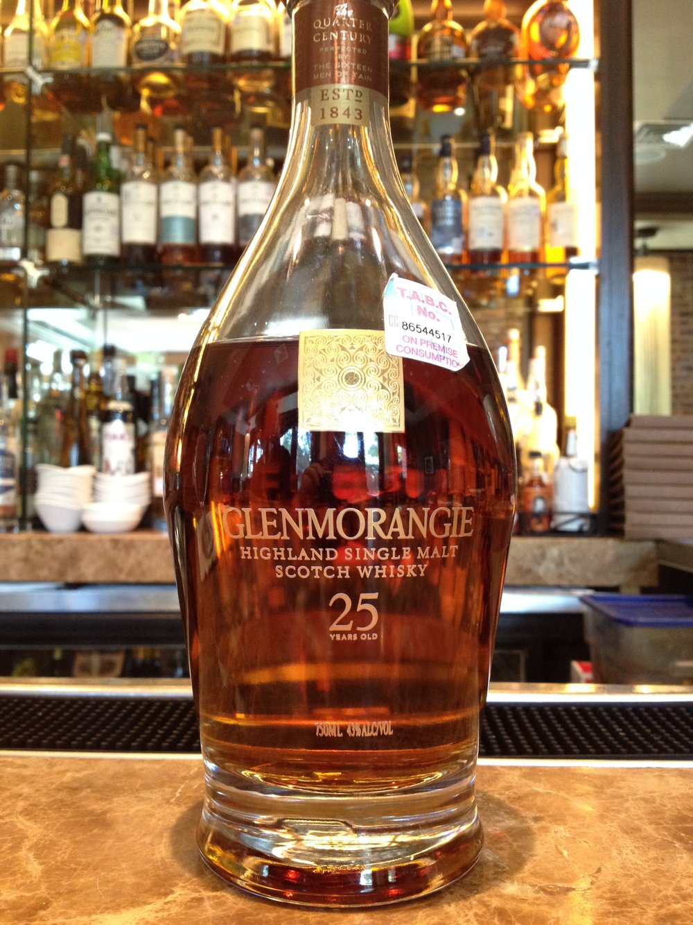 25 Year Old | 43% ABV - Distillery | Glenmorangie