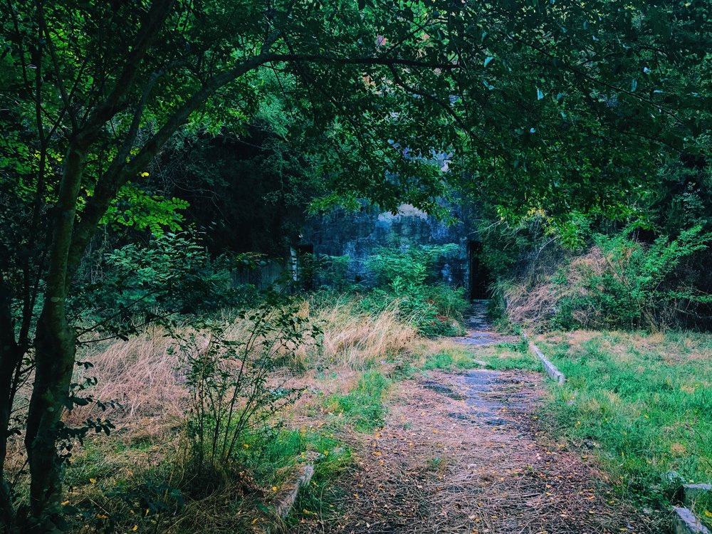The path along Bunk'Art 1