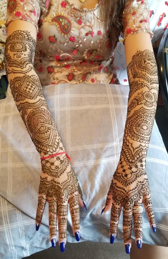 henna brampton artist mehdni Jasmin Panu-min.jpg