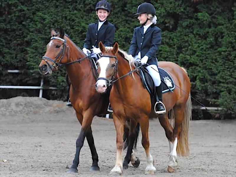 1.Horseback Riding Lessons & Trail Riding   Horseback riding is one of the major focuses of the physical education and OE3 programs, In the fall term, students spend 25 hours at The Royal Canadian Riding Academy. During spring and fall term students spend several days trail riding.