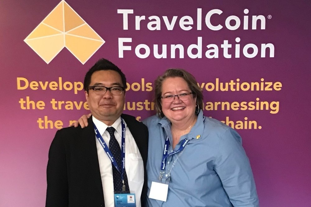 From left to right ( 从左至右 :  Mr. Keiichi Hida, Head of the Japan Blockchain Association; Kate Guimbellot, Executive Director of TravelCoin Foundation.