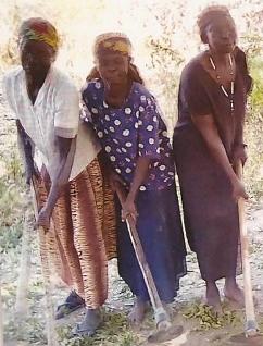 drie CADWA vrouwen.jpg