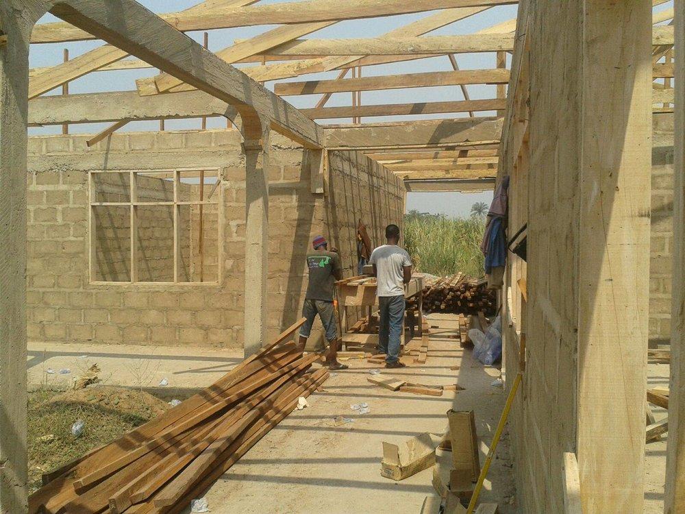 bouw van de vakschool.jpg