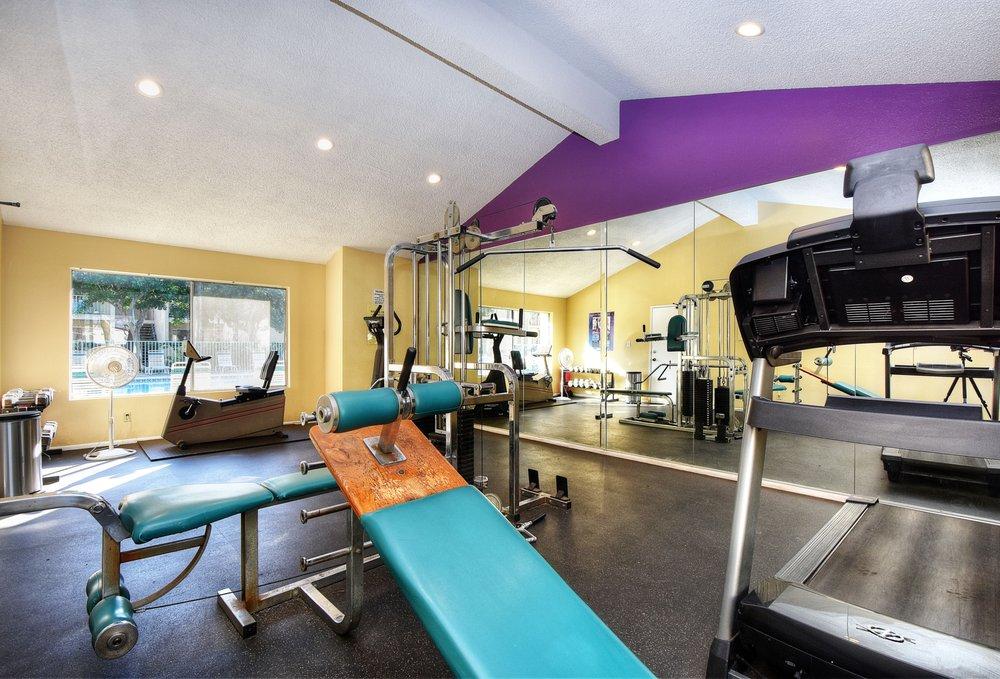fitness room 2.jpg
