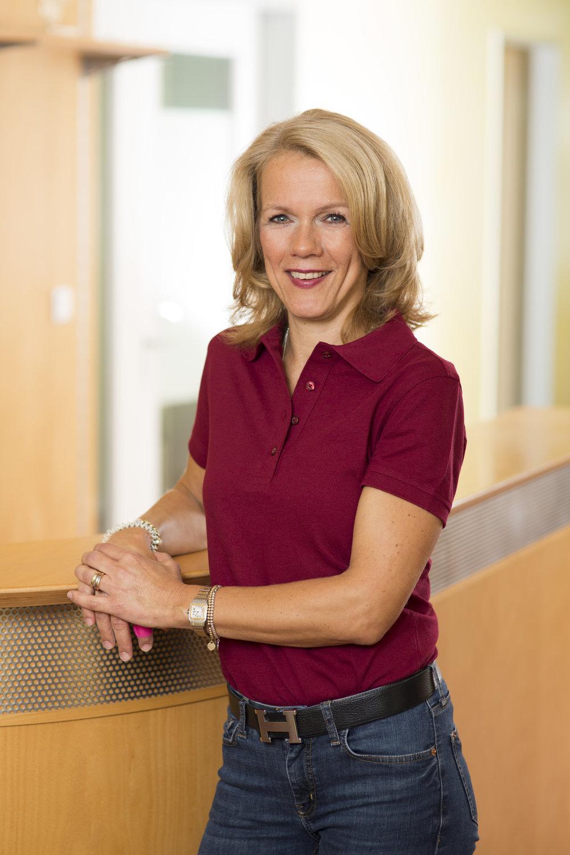 Claudia Zimmermann-Lange   Physiotherapeutin