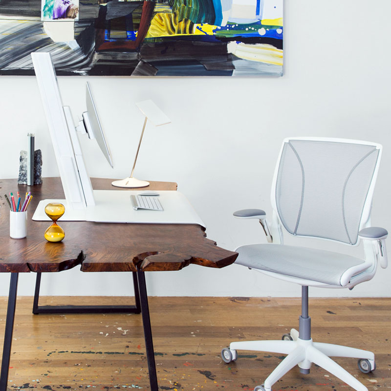 17_humanscale_quickstand_eco_4.jpg