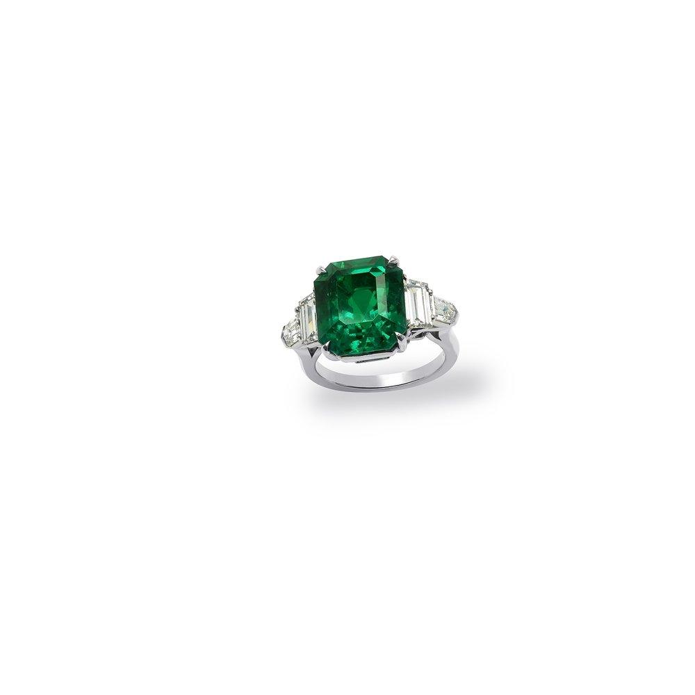 8 carat emerald cut ring