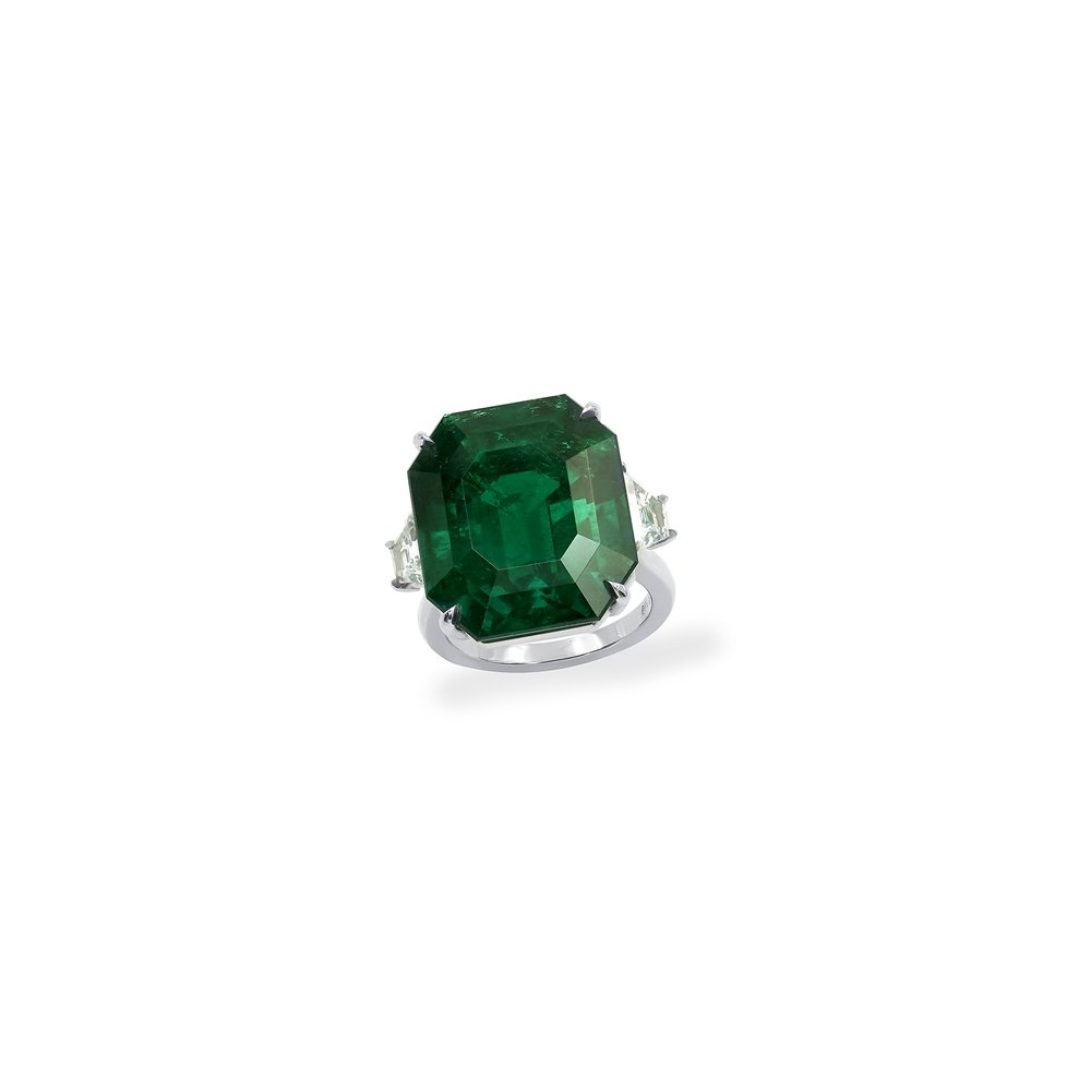 22 carat emerald cut ring