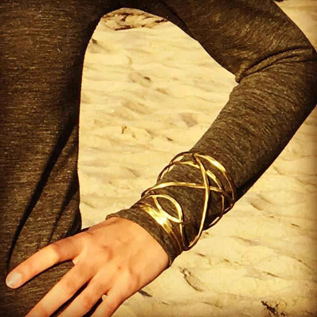 Nest and Amaya Available in gold and silver.  #greatstacked #oralone #fairtrade #supportsmall #womenempoweringwomen #makingtheworldabetterplace🌎