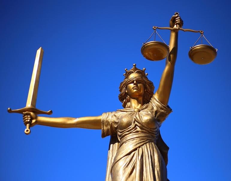 justice-2060093_960_720.jpg