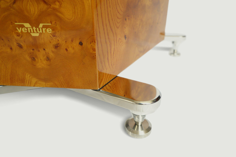 Stainless Steel mirror finish pedestals with adjustable Venture Sound points