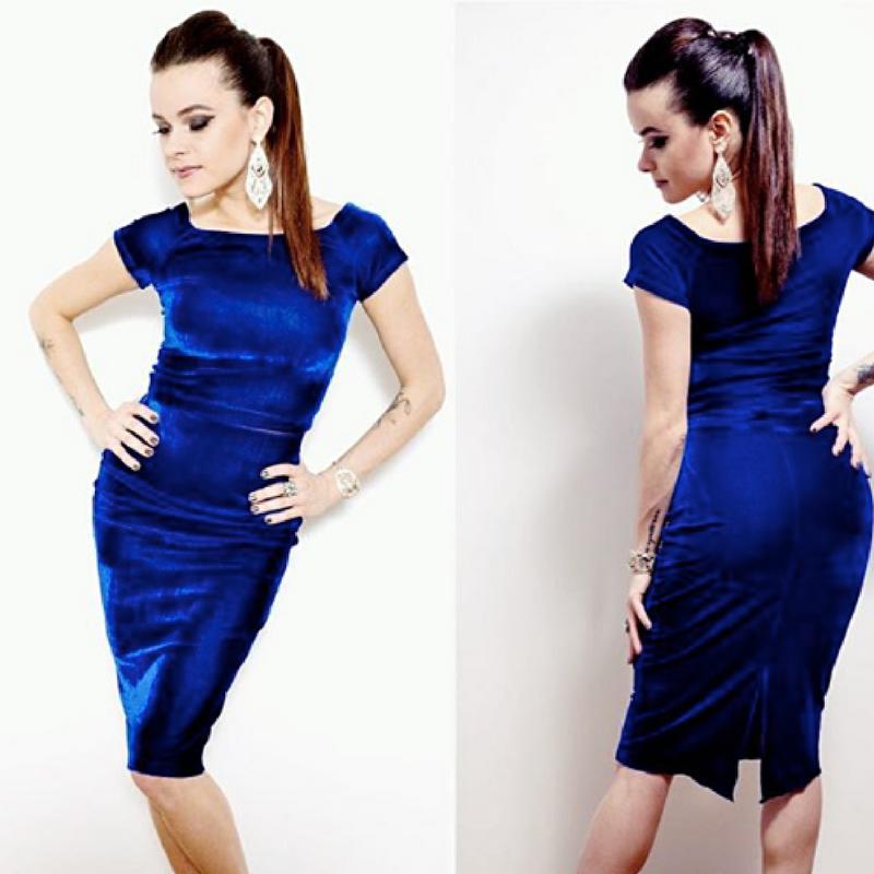 Luxurious velvet tango outfit!