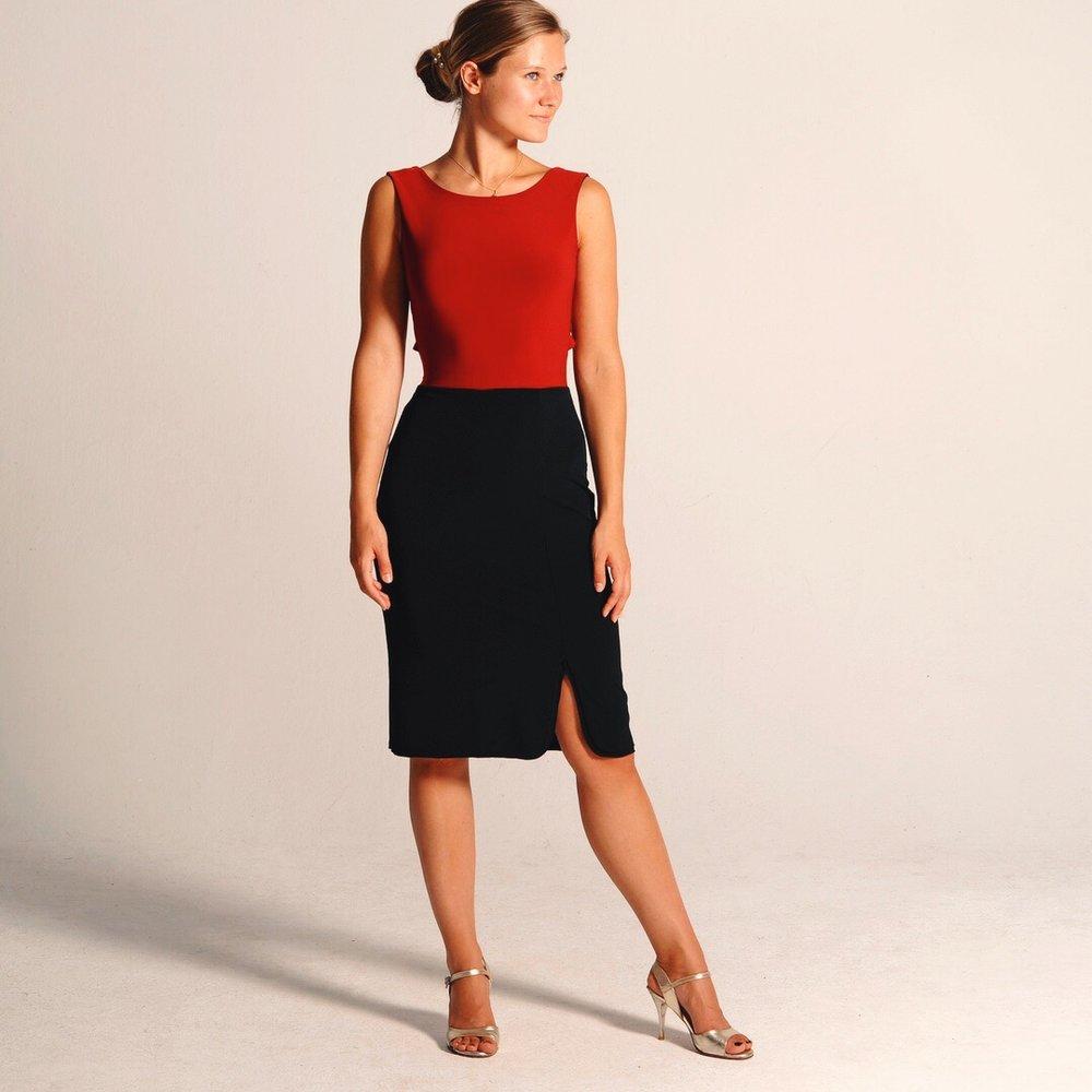 red_reversible_tango_dress.JPG