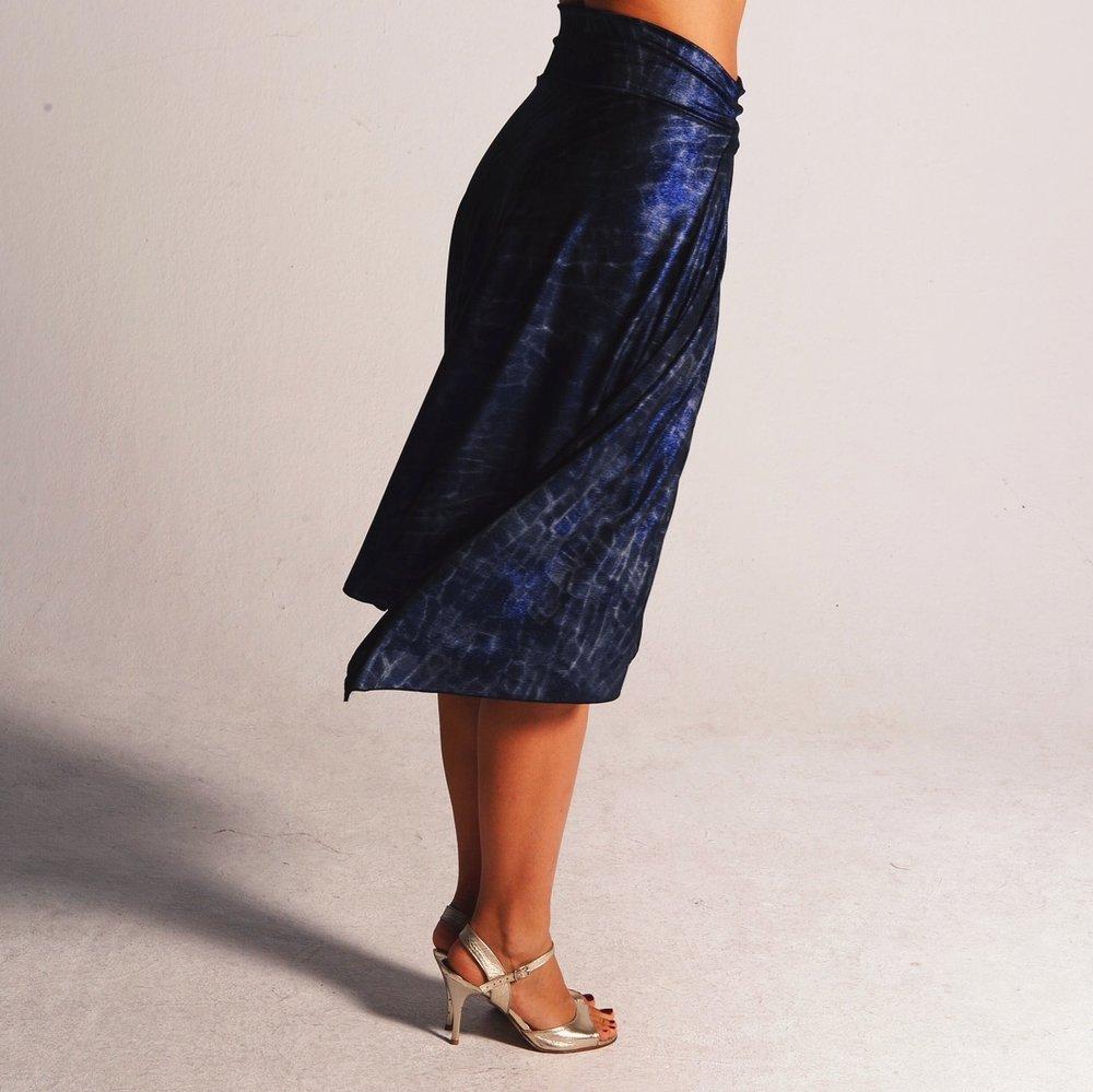 metallic_blue_tango_skirt_alma.JPG