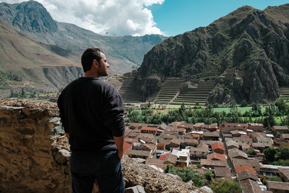 Hiking in Ollantaytambo, Peru. Fuji X-pro2, Fuji XF 16mm f/1.4.