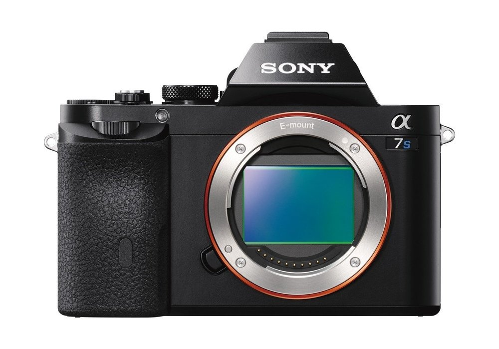 Sony A7S - Specs: Full Frame sensor, 12MP, 4K VideoWho's it for? Videographers who don't want to be held back by low light/night-time scenes.