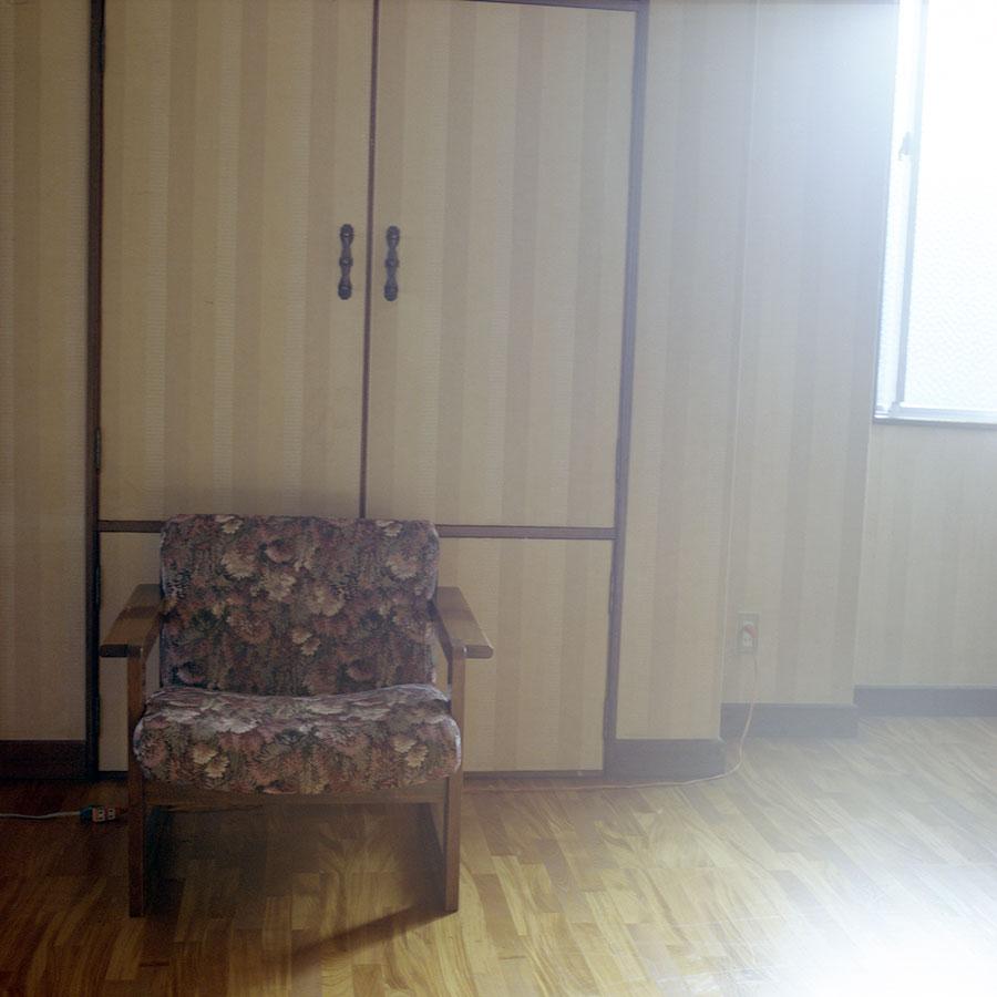 j-hiroshi's-chair.jpg