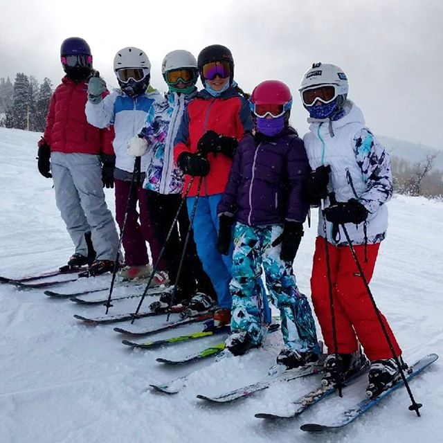 This band has been together since diapers, but they still carry there own gear! #parkcity #family #ski #6girls