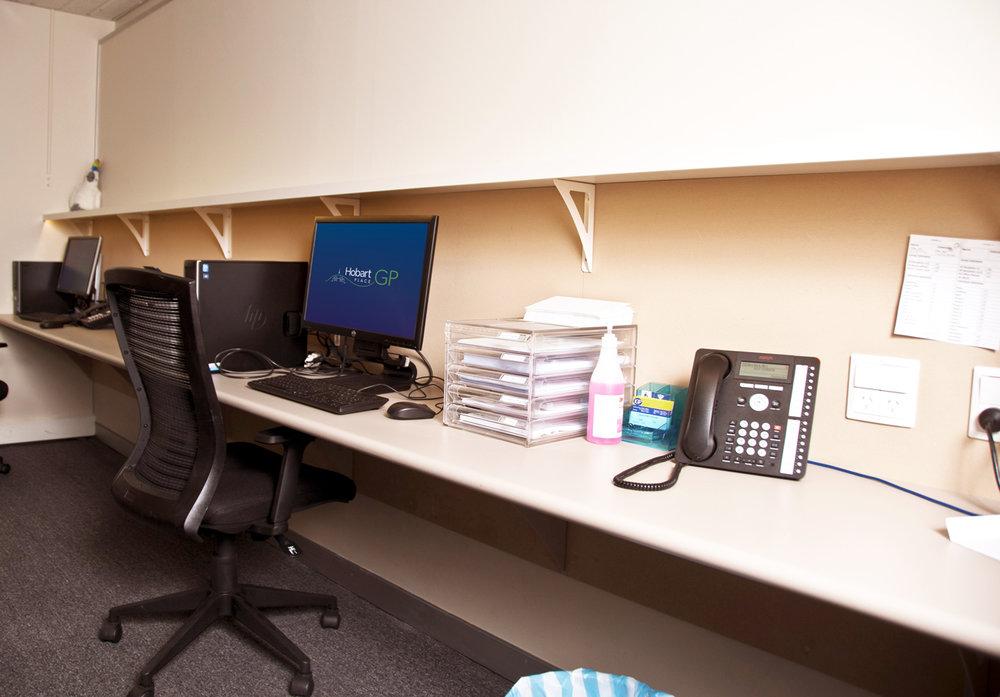 doctors-computer-room.jpg