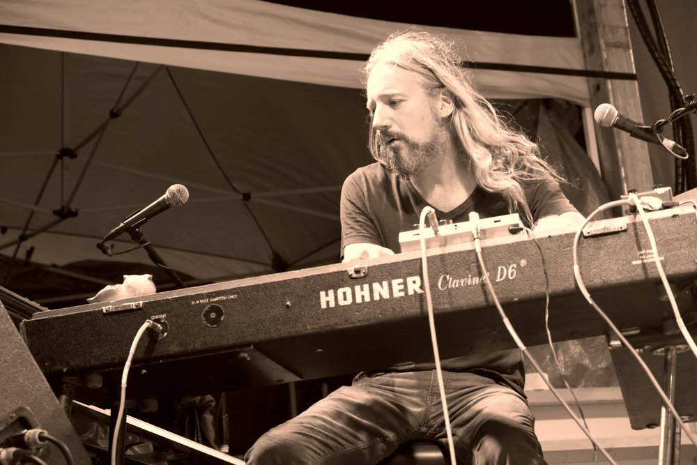 Adam MacDougall, The Chris Robinson Brotherhood