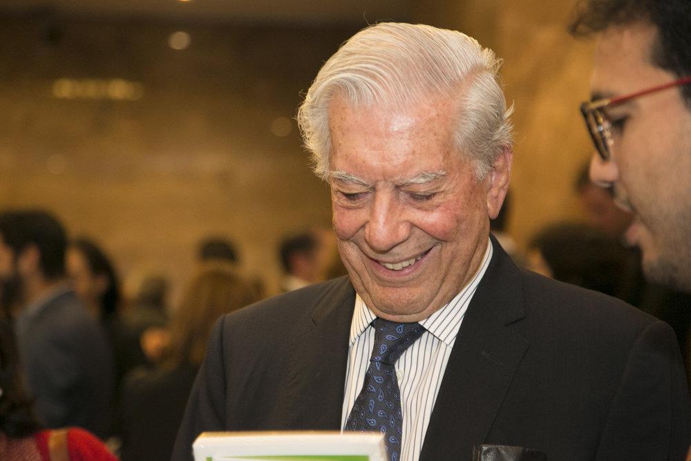 Encuentro con Vargas Llosa  HD21.jpg