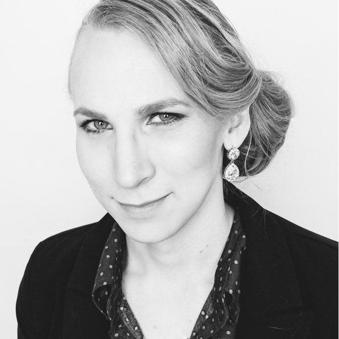 Julia L.R. Kruse