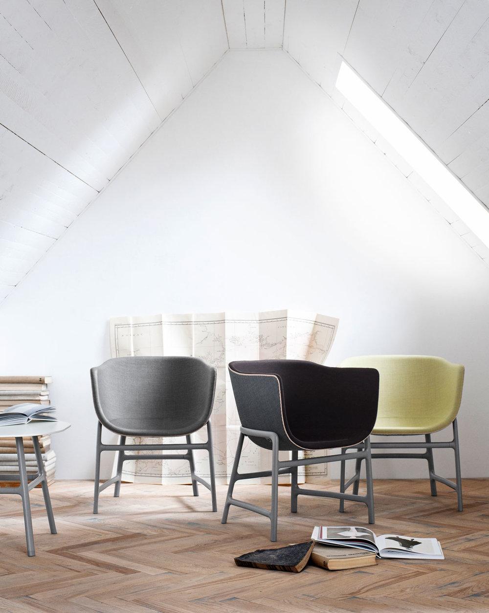 Light upholstered chair for Fritz Hansen. 2012.