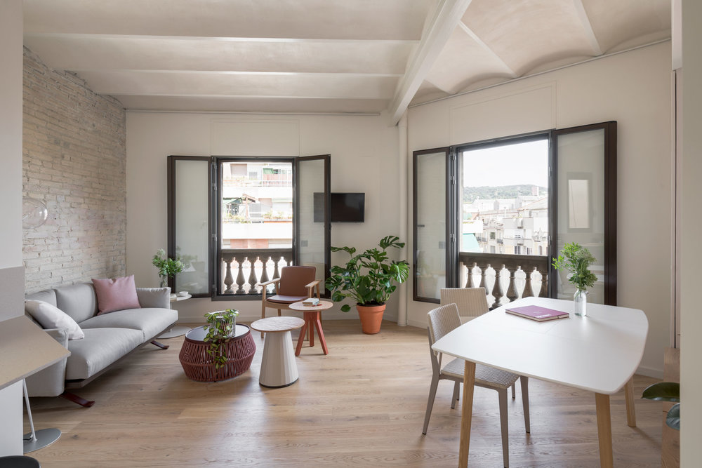 The team of architects were told they needed to take the empty, irregular floor plan (demolitions had been carried out prior to the project starting) of this Barcelona apartment and transform it into the perfect home for a young professional.
