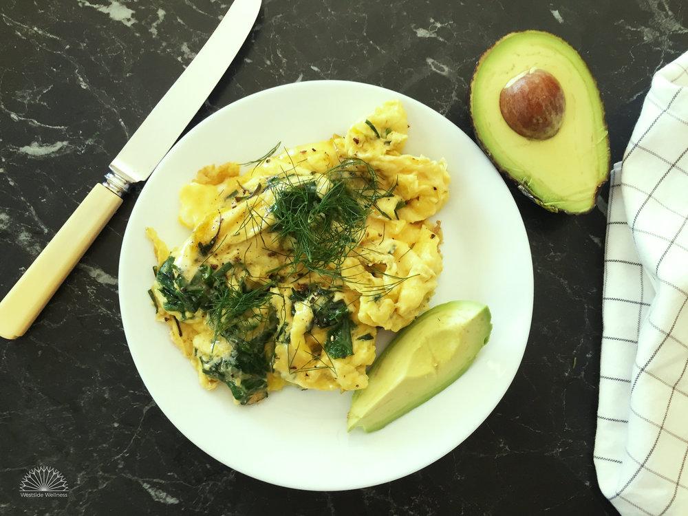 Scrambled-eggs-dill-avo.jpg