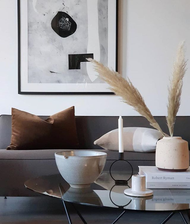 Another beautiful shot from our Oslo stockist @houzoslo Our Block Cushion looking good in this perfectly styled, muted space.  #interiordesign #textiledesign #textiles #styling #interiorstyling #interiorstylist #home #homedecor #pampasgrass #minimalinteriors #mutedcolors #design #designstore #homeware