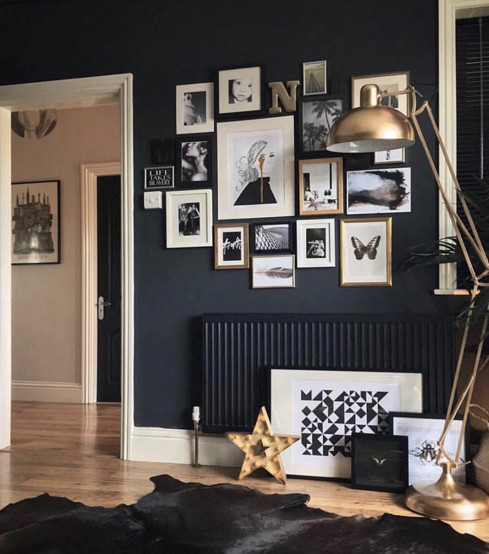 A stylish mix of frame and image styles broken up with bold letters to add new shapes and textures. - Photo courtesy of the fabulous @artynads