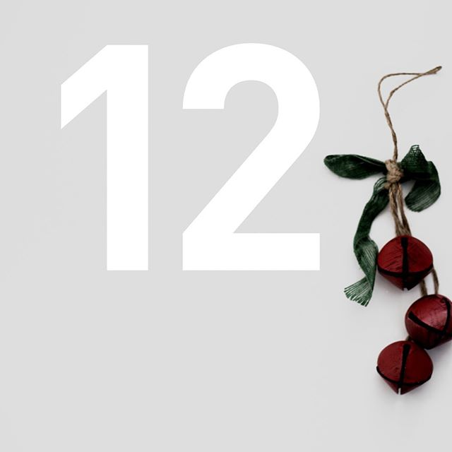 The ideal 'first Christmas in your new home' gift. . Gorgeous wooden frames painted with a silky white finish with a choice of a modern or traditional font to suit their interior style.... #christmasiscoming #adventcalendar #adventday11 #talesmithadvent #countdowntochristmas #christmasgiftideas #giftspiration #christmaspressies #christmaspresents #giftsforhim #giftsforher #giftsforthem #giftsforfriends #giftsforall #personalisedgifts #thoughtfulgifts #housewarming #housewarminggift #newhomeowners #newhomegift #movinginpresent