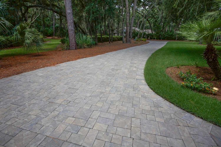 Amazing Interlocking concrete pavers Concrete pavers are affordable long lasting and appealing You can choose from a variety of colors and they are very easy to Awesome - Simple interlocking concrete pavers For Your Home