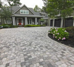 Blog american paving design tip two our top 7 tips for designing and building a concrete paver driveway solutioingenieria Image collections
