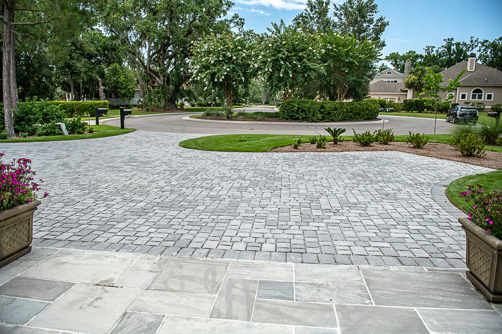 Driveway Installation Using Permeable Pavers